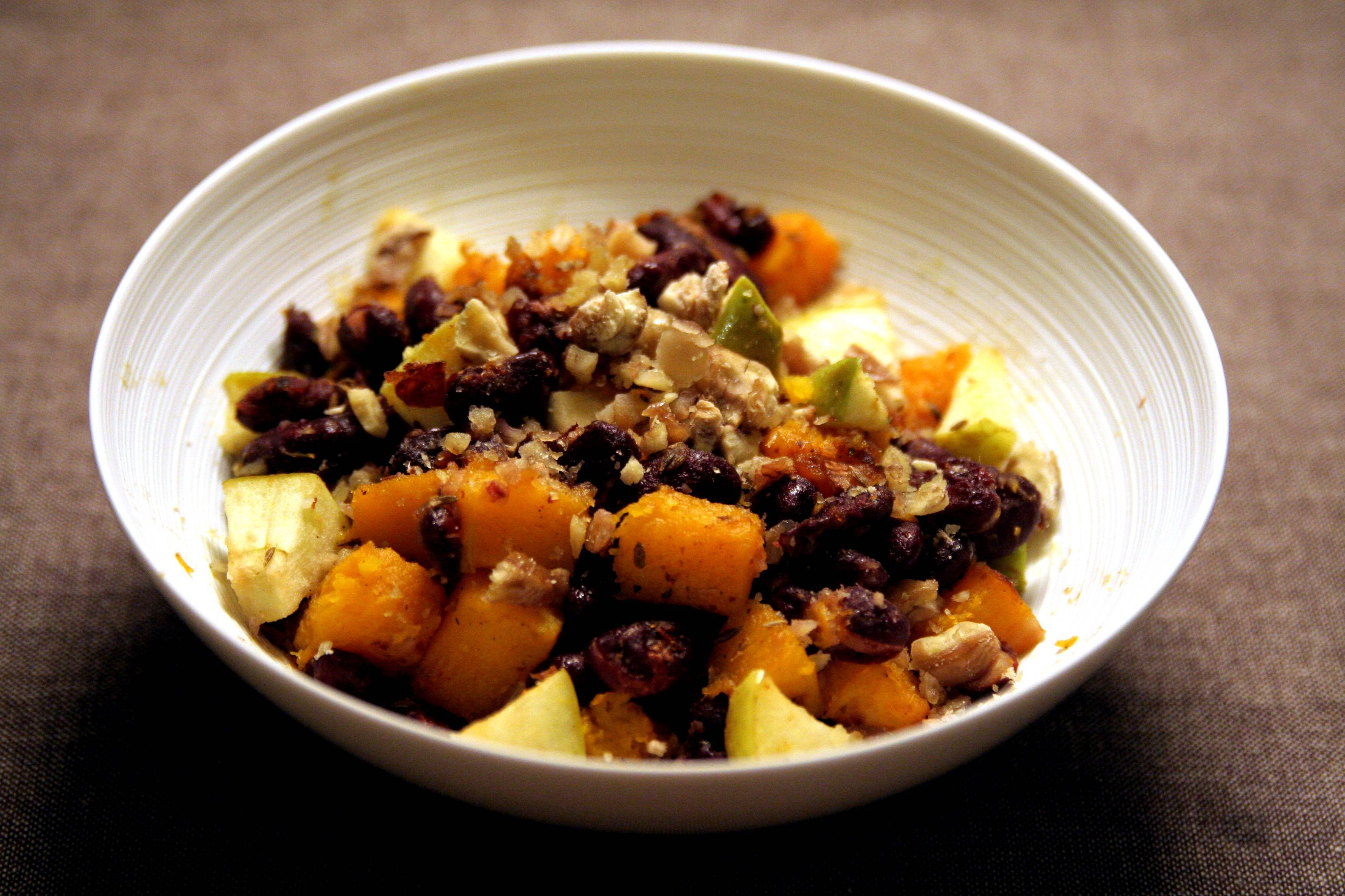 Courge butternut, pomme, marron et haricots rouges