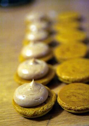 macaron_caramel_3web