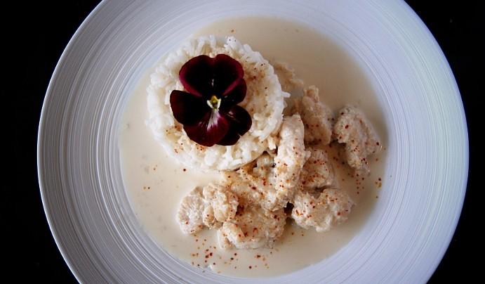 Filet de julienne marinée à la citronnelle et lait de coco