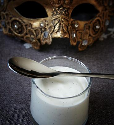 Pannacotta (traditionnelle ou plus onctueuse) à la vanille de Madagascar