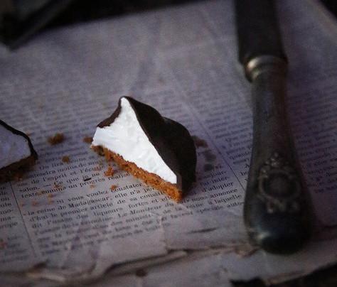 Bouchées guimauve/meringue à la fleur d'oranger enrobées de chocolat, Speculoos