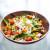 Salade de pois chiches, pousses d'épinard et abricots à l'huile de noix